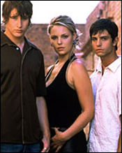 Photo of some of the Roswell cast.